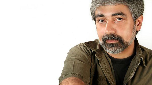 حسین زمان: جلوگیری از فعالیت هنری ام برخورد سیاسی است