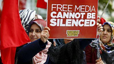 Les législatives turques sur fond de crise des réfugiés et de répression
