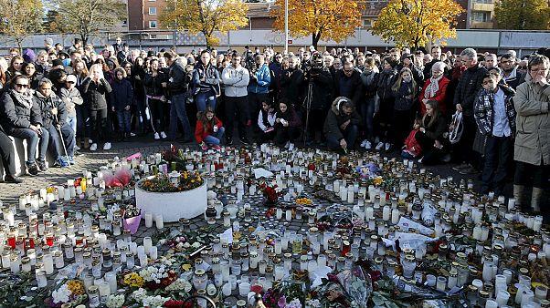 برگزاری مراسم تدفین آموزگار جوانی که به دلایل نژادپرستانه در سوئد کشته شد