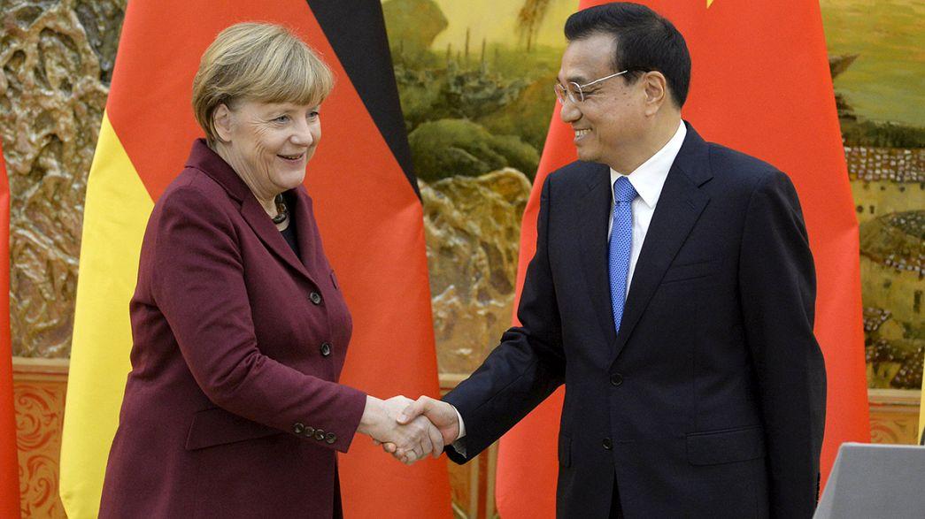 Merkel in Cina per rivitalizzare scambi Berlino-Pechino