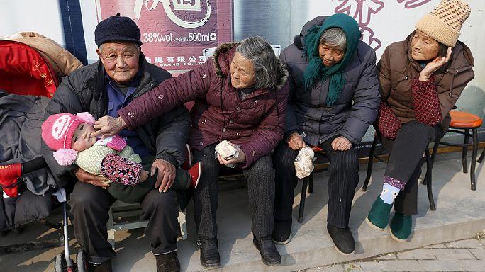 В Китае официально разрешили рожать второго ребенка