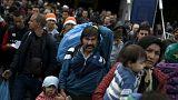 Áttörték a kordont a menekültek a szlovén-osztrák határon