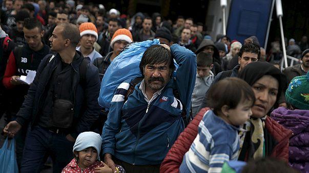 Refugiados: Caos na fronteira entre a Eslovénia e a Áustria
