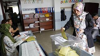 Final day of campaigning before Turkey decides on new government