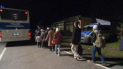 Alemanha e Áustria criam regras para migrantes atravessarem fronteira