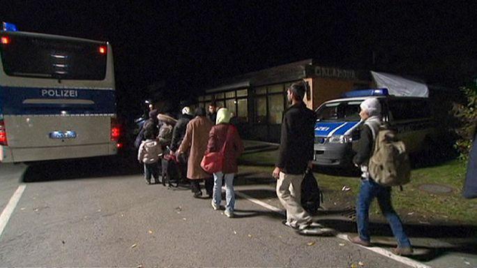 Германия и Австрия регулируют миграционный поток: по 50 человек в час