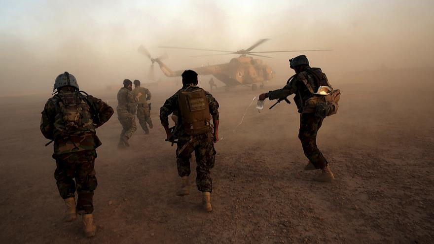 Image: Afghan army commandos train at the Shorab military camp in Helmand p