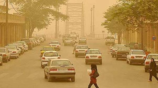 باران اسیدی در خوزستان هزاران نفر را راهی بیمارستان کرد