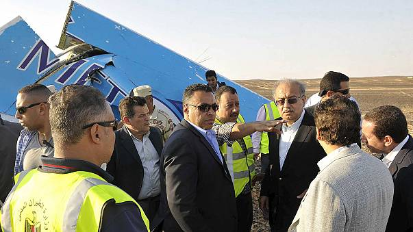 Tragedia aerea sul Sinai, indagini in Egitto e in Russia