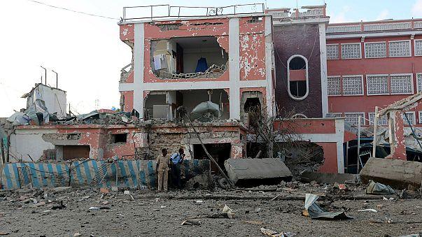 Islamisten greifen Hotel in Mogadischu an: 15 Tote