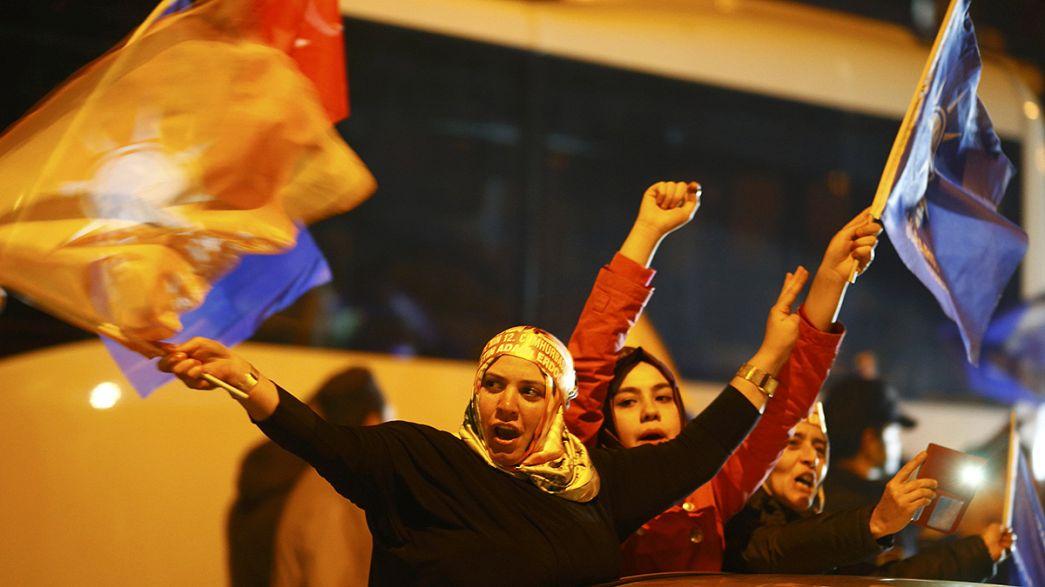 Elezioni in Turchia: all'AKP di Erdogan la maggioranza assoluta