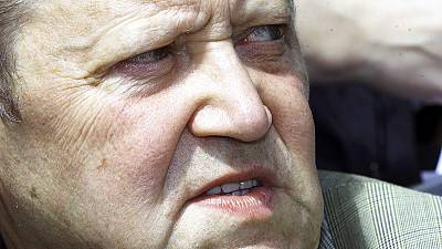 Gunter Schabowski, man who accidentally sparked fall of Berlin Wall, dies