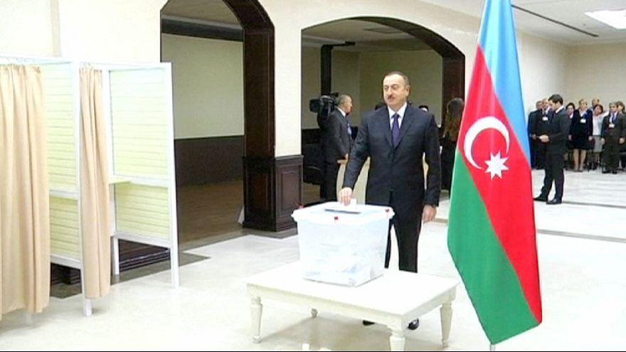مشارکت گسترده در انتخابات آذربایجان به رغم تحریم مخالفان