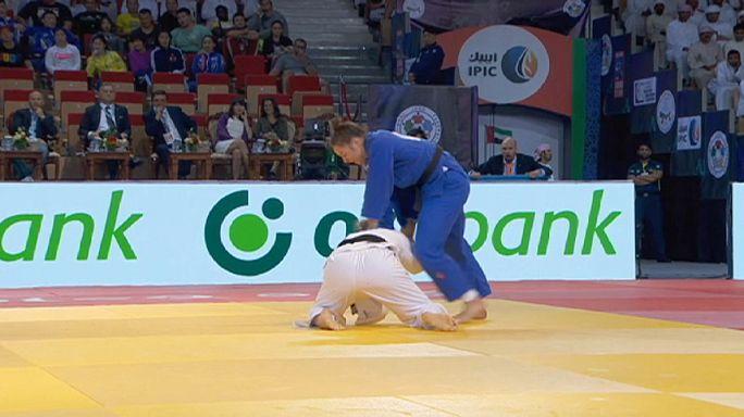 Joó Abigél és Tóth Krisztián bronzérmes Abu Dzabiban