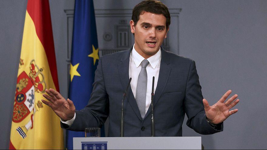 Spanien: Meinungsumfrage sieht Protestpartei Ciudadanos auf Platz zwei