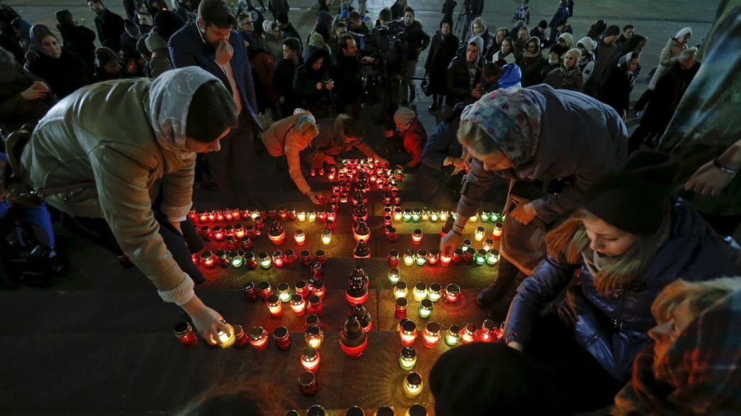 Disastro Sinai, rientrati in Russia corpi di parte delle vittime. L'aereo si è spaccato in volo secondo inquirenti