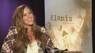 Asi kız Alanis Morissette 20 yılın ardından koleksiyon albümüyle gündemde