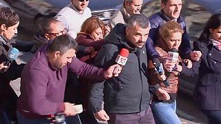 التحقيق في بوخارست مع مالكي ملهى ليلي قتل فيه العشرات جراء حريق