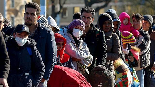 Annyi menekült érkezett októberben Európába, mint tavaly egész évben