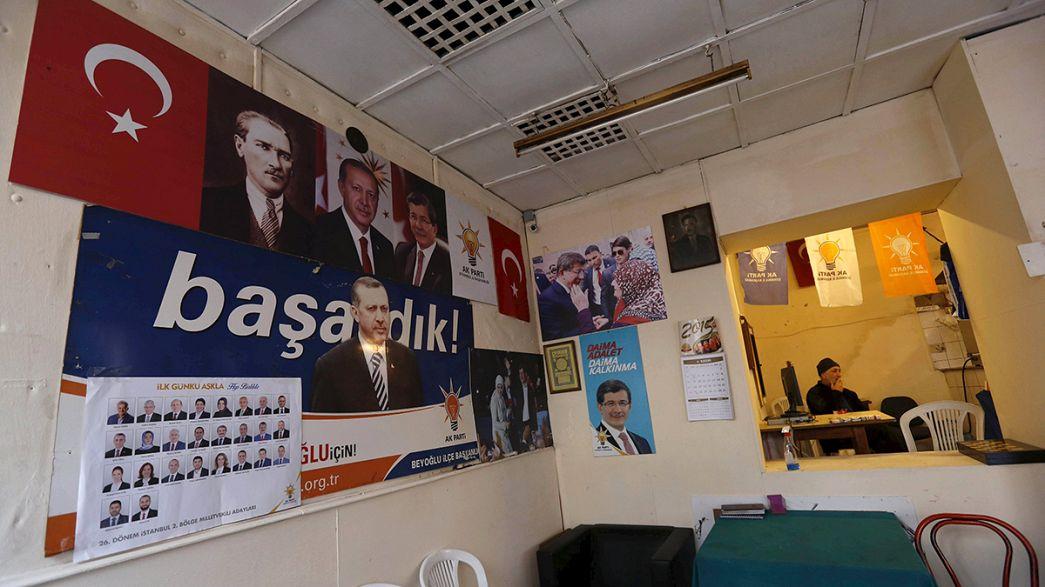"""Beobachtungsmission spricht von """"unfairem Wahlkampf"""" in der Türkei"""