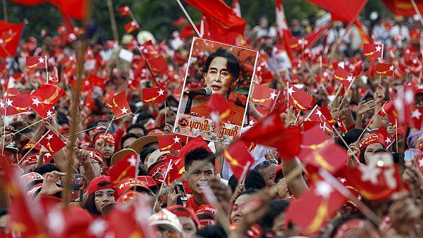 L'avenir démocratique de la Birmanie en jeu