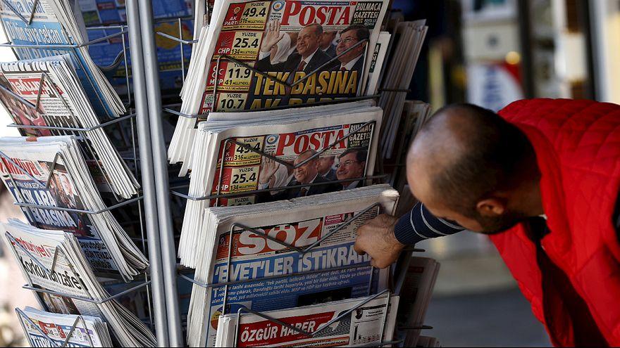 """Türkische Titelseite: Haftbefehl wegen """"Anstiftung zur Straftat"""""""