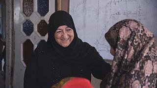 Félmillió dolláros díjat kapott az illegális afgán iskolaalapító