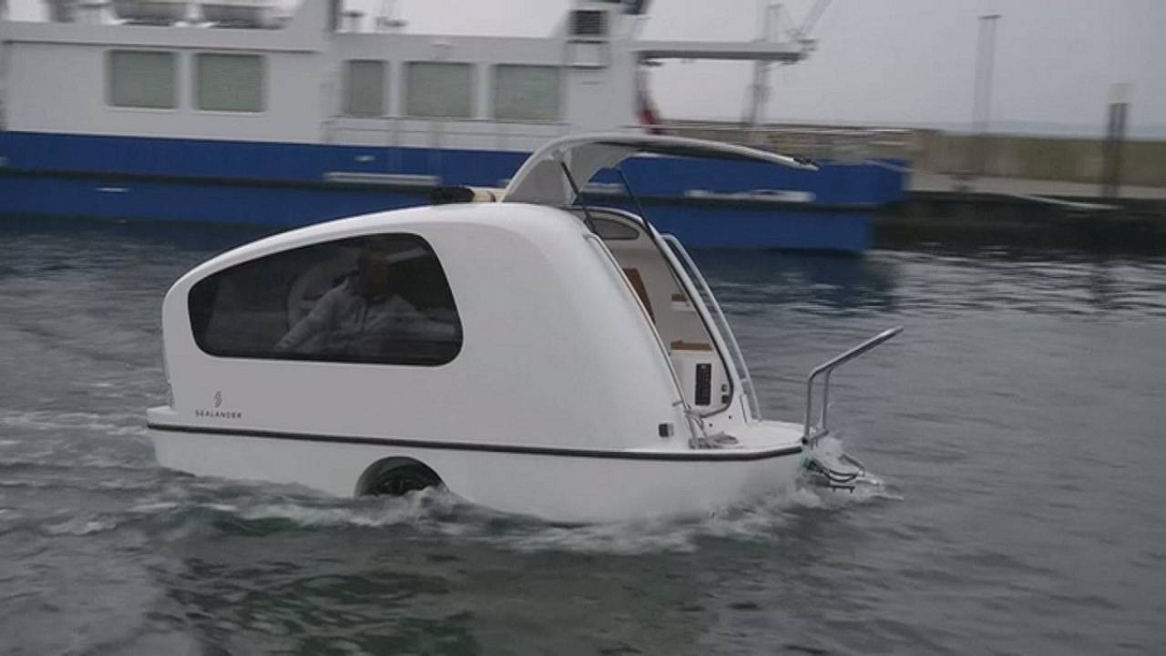 Sealander: Uma caravana que sabe nadar