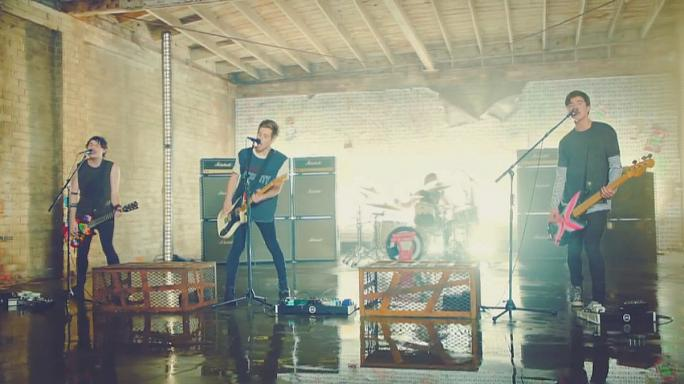 """5 Seconds of Summer"" auf Platz Eins der US-Album-Charts"