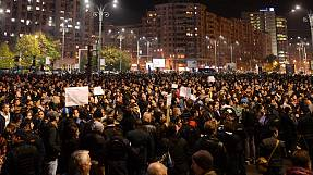 Anger and grief at Bucharest anti-corruption rally