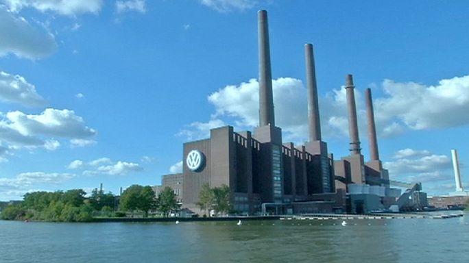 Volkswagen hisseleri yine düşüşte