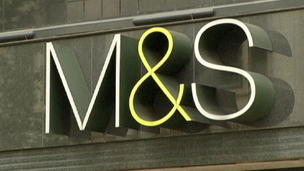 Poor clothes sales hit Marks & Spencer's profits