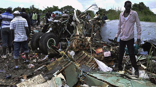 Güney Sudan'da uçak düştü