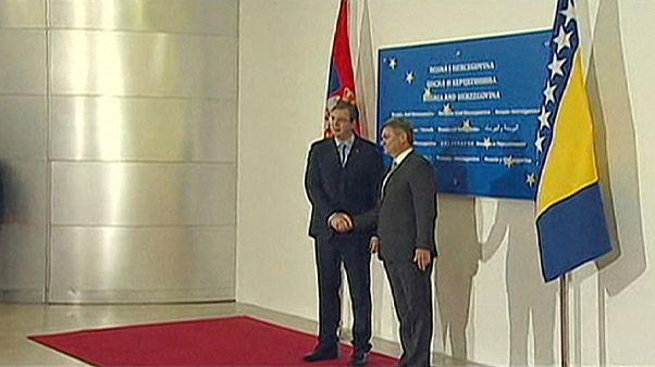 Governos sérvio e bósnio reunidos pela primeira vez em Sarajevo