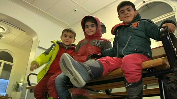 Miracle pour une famille syrienne arrivée en Suède sur fond de durcissement politique