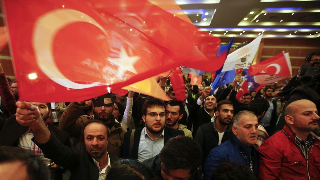 Gran fiesta para el partido gobernante de Turquía