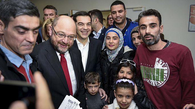 Martin Schulz vient constater la politique de relocalisation des réfugiés depuis la Grèce