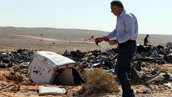 Aumentan las sospechas de que un artefacto explosivo hiciera estallar el avión ruso siniestrado en Egipto