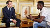 Image: French President Emmanuel Macron meets with Mamoudou Gassama, 22, fr
