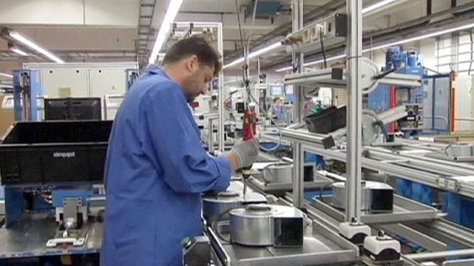 Заказы на немецкую продукцию снижаются третий месяц подряд