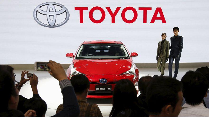 Toyota reduce un 1% su previsión de ventas globales