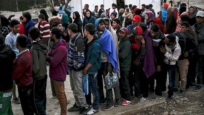 """""""Yunanistan'a Türkiye üzerinden günde 5 bin mülteci"""""""