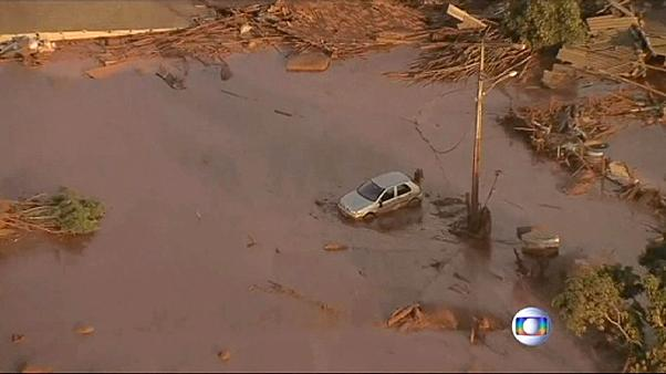 Brazil: dam bursts, killing several people in Mariana