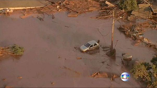 Бразилия: прорыв дамбы грозит экологической катастрофой