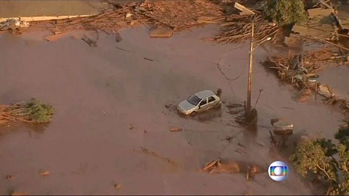 Brésil : un village balayé par la boue, au moins 17 morts