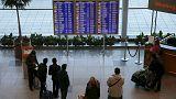 A Sharm el Sheik turisti prendono d'assalto l'aeroporto. Putin ordina la sospensione dei voli per l'Egitto