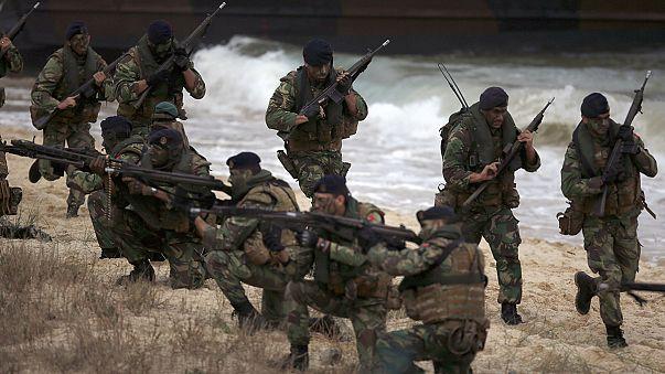La Nato mostra i muscoli