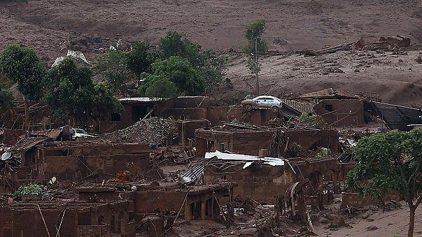 Бразилия: из-за прорыва дамбы сотни человек лишились крова