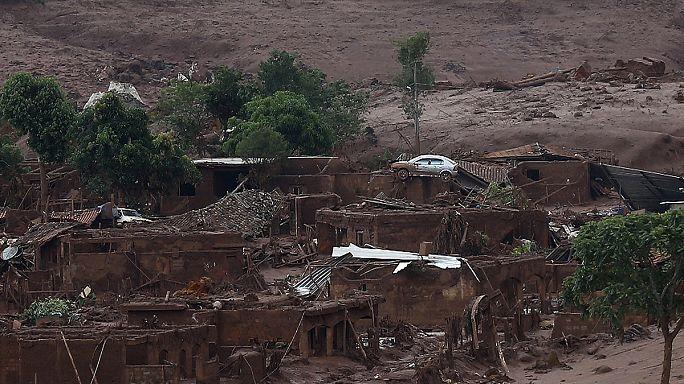 Gátszakadás Brazíliában: elsodort egy falut a víz