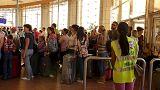 Британские и российские туристы покидают Египет